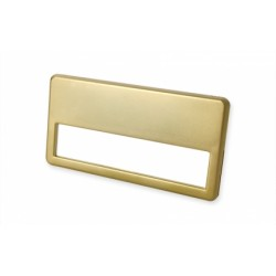 Namensschild mit goldfarbiger Metalllegierung mit 2 Metallklammern und Broschennadel